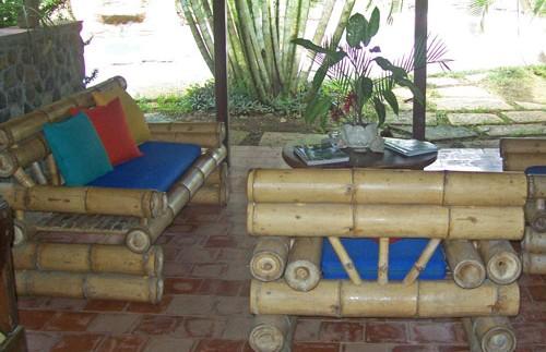 Entspannen Sie auf diesem außergewöhnlichen Sofa