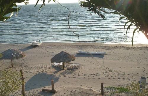 Strand vor dem Hotel auf Ometepe