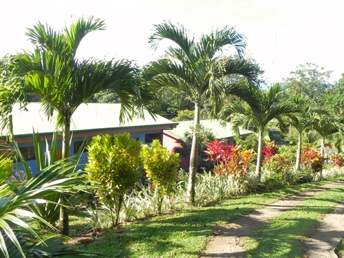 Unterkunft umgeben von Gärten