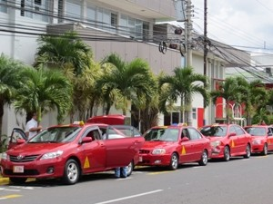 Taxis in Alajuela