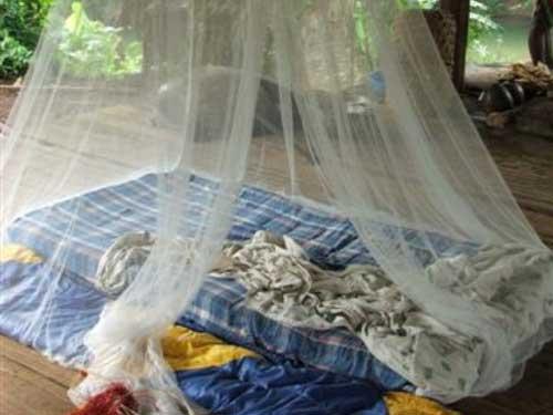einfacher-schlafplatz-embera-indianer-panama