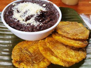 Typische Patacones in Nicaragua