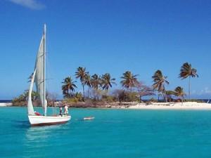 Karibik Inselhüpfen - Segelcruise entlang der Cays