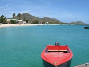 Ein Zigarrenboot vor Carriacou