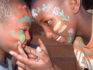 rhotia hulpproject schmink kenia