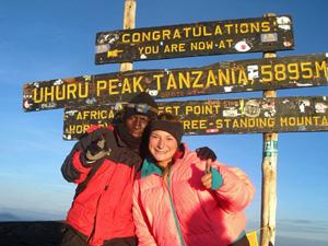 kilimanjaro tanzania wegwijzer
