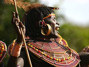 kenia local woman