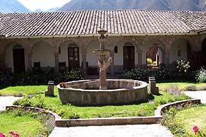 urubamba klooster sharon peru ecuador