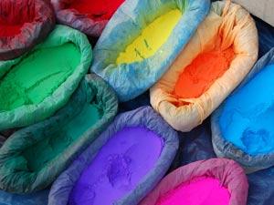 Individuele rondreis Nepal gekleurd poeder