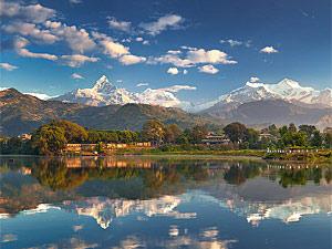 pokhara meer bergen