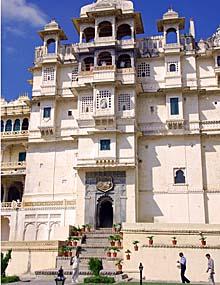 rajasthan udaipur city palace