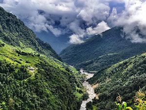 Annapurna basecamp trekking - Gurung