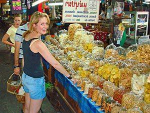 trekking Chiang Mai - boodschappen lokaal marktje