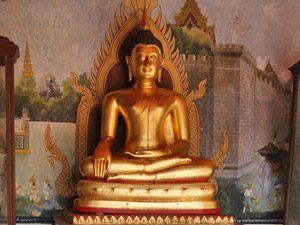 3 weken Thailand met kinderen - Buddha beeld Chiang Mai