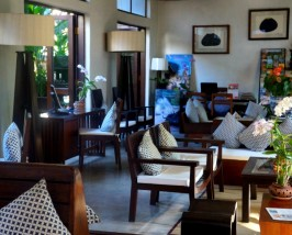 Chiang Mai ThailandKids - special stay hotellobby