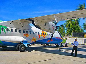 rondreis Thailand met tieners: vliegtuig Ko Samui