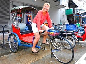 Thailand vervoer met kinderen: op een tuktuk
