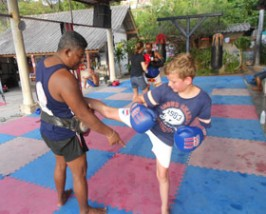 2 weken Thailand met kinderen: kickboksen