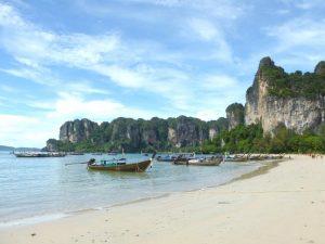 Thailand strand met kinderen - Ao Nang