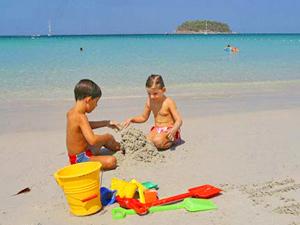 Zon, zee en zandkastelen