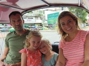 Bangkok - met gezin in tuk tuk