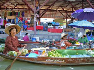 Amphawa drijvende markt thailand