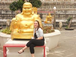 Contact Thailand online - Danielle