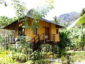 khao sok anurak community lodge