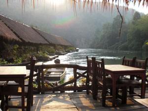 Reisverslagen Thailand slapen in floatel