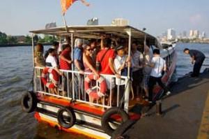 vervoer Thailand volle boot