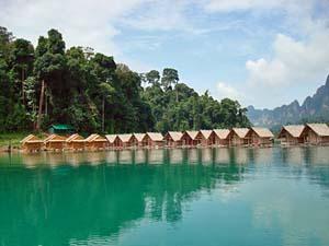 Drijvende huisjes Khao Sok Thailand