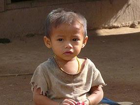 Laos totaal rondreis Thailand jongetje