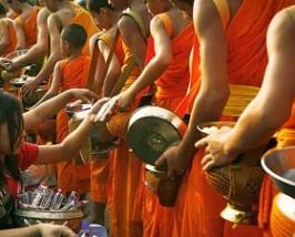 monniken Thailand reizen bouwstenen