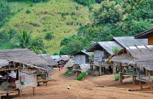 dorpje lokale bevolking Thailand