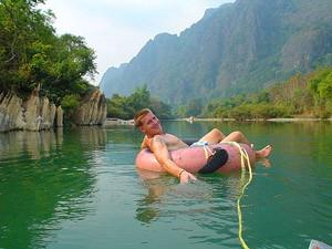 Kayakken in Laos Vang Vieng