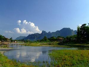 Dobberen in Vang Vieng Laos