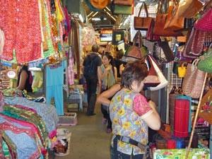 weekend markt bangkok thailand