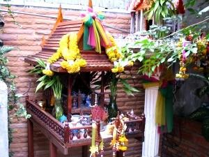 bangkok-tempelhuisje-soi-rambuttri