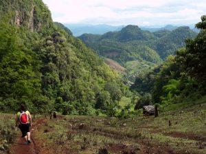 trekking pai