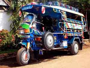 Tuktuk laos