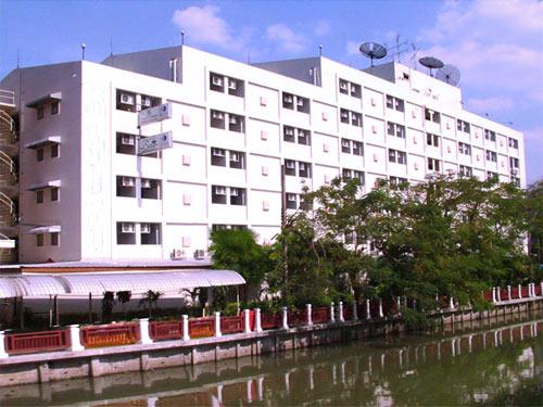 voorkant budget hotel bangkok