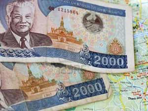 geld uit laos