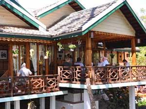 lodge coffee resort laos
