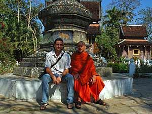 praatje met monnik laos
