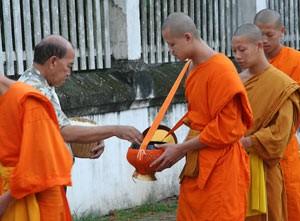 monniken op een rij
