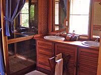 badkamer laos