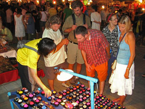 chiang mai nachtmarkt thailand