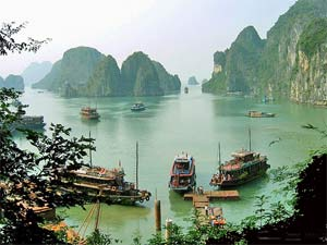 Uitzicht boten Halong Bay Vietnam