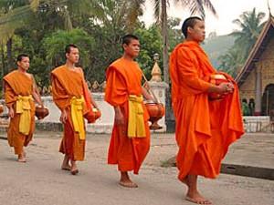 monniken processie laos