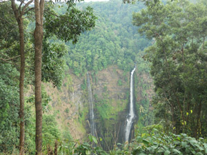 waterval boloven plateau laos